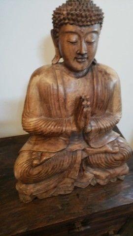 buda de madeira macica do Tibet