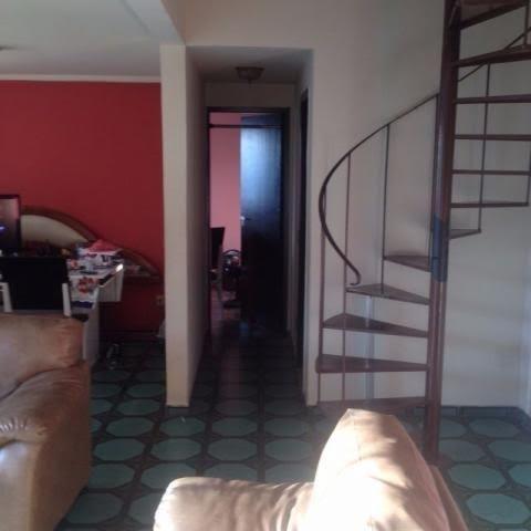 Excelente cobertura duplex nada a fazer entrar e morar 04 quartos 02 vgs