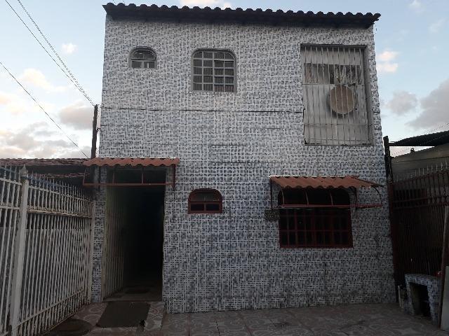 QNL Sobrado 4 kits mais casa de fundo renda de R$2.400 só 230mil aceita carro