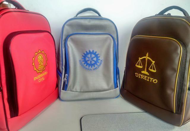 2d179088b Mochilas Universitárias/Escolares - Bolsas, malas e mochilas - Rosa ...