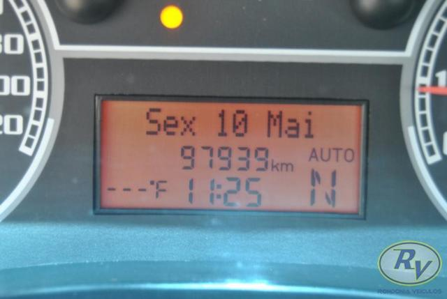 FIAT SIENA 2011/2012 1.6 MPI ESSENCE 16V FLEX 4P AUTOMATIZADO - Foto 4