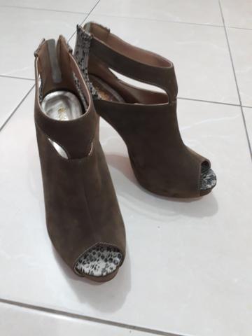 6c1e4860b Sapato Ankle Boot - Roupas e calçados - Parque Continental I ...
