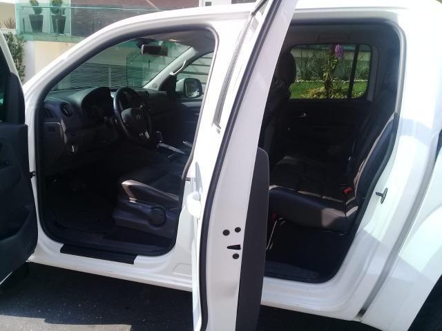 Volkswagen Amarok 4x4 HighLine 180 CV 4 Cilindros 2.0 - Único dono - Foto 6