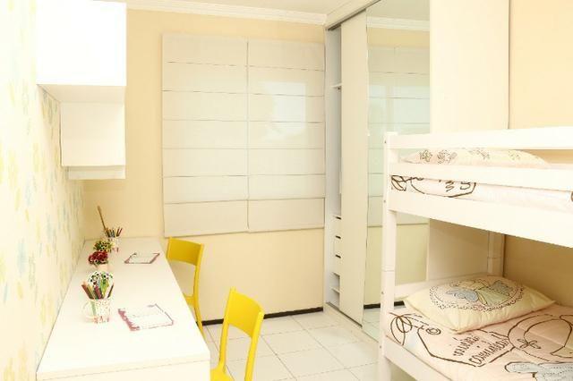 Apartamento com doc. gratis: 2 quartos, 2 banheiros , piscina, salao de festas - Foto 17