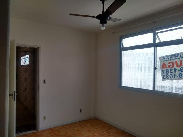 Apartamento Itapuã 3 quartos com dependência R$1.200,00 - Foto 3