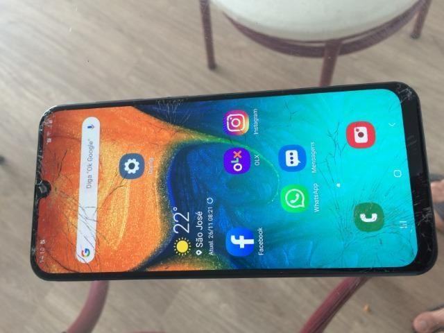 Samsung Galaxy A30 64gb - Foto 3