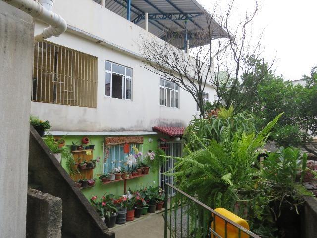 Vendo casa de 2 andares 350,000 no centro de santa maria de jetiba Espirito santo - Foto 8