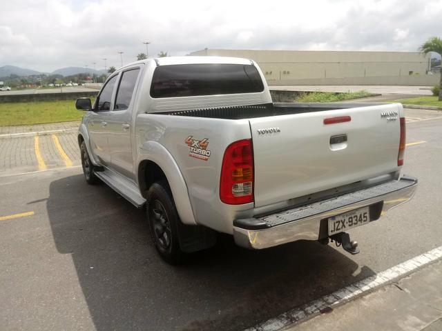 Vendo Hilux 2006 diesel 3.0 4x4 impecável - Foto 7
