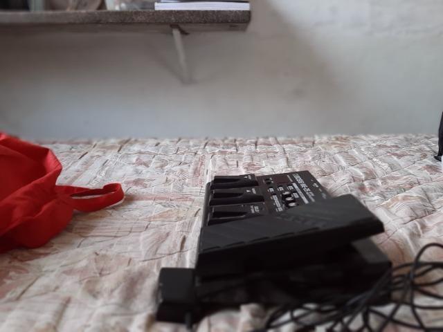 Pedaleira Boss Me-25 + Fonte Original 9v Boss Psa120zs - Foto 2