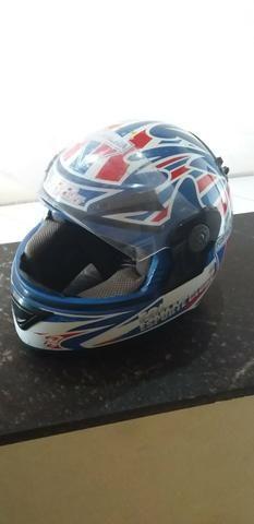 Vendo capacete fortaleza e.c