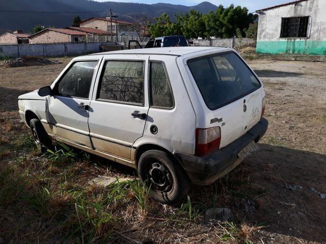 Fiat branco 2oo5