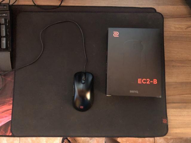Mouse pad e Mouse Zowie Ec2-B