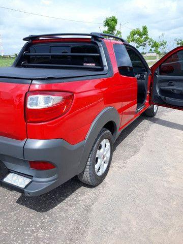 vendo está Fiat Strada, semi nova, tem apenas 18 mil km rodados, muito nova, ano 16/17  . - Foto 4