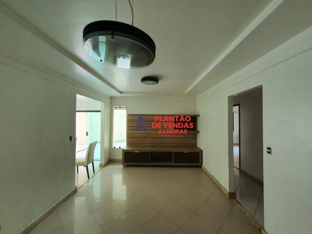 Apartamento térreo com área privativa, piscina e churrasqueira 3 quartos - Foto 3