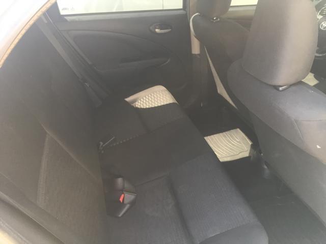 Etios Hatch XLS 1.5 - Foto 7