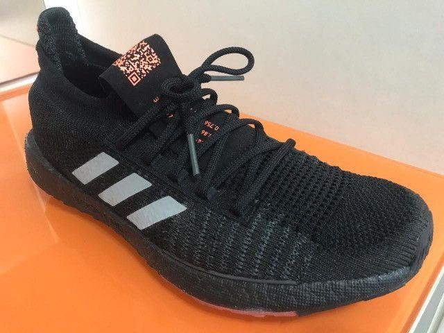 Tênis Adidas UltraBoost Masculino Tamanho 42 - Foto 4