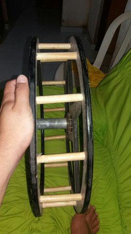 Carretilha palitada de madeira com catraca - Foto 3