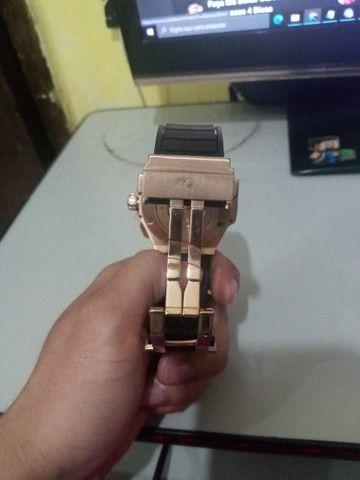 Relógio Hublot prova d'água bem conservado - Foto 5