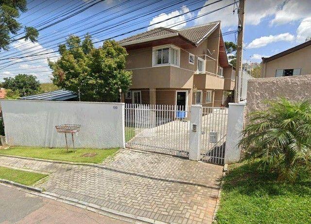Sobrado 03 quartos (01 suíte) e 02 vagas no Campo Comprido, Curitiba