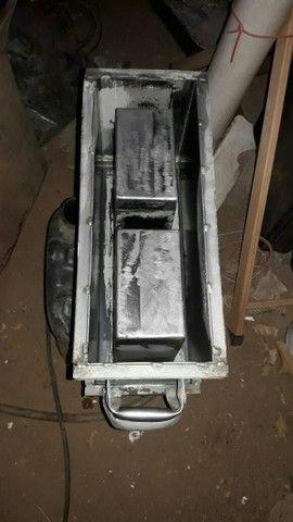 formas de blocos  de cimento - Foto 5