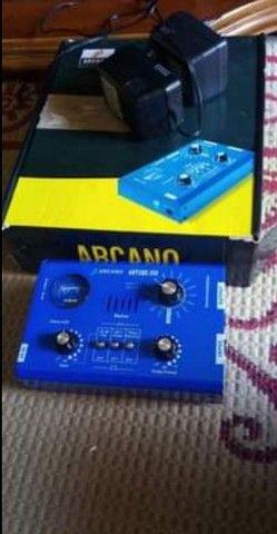 Pre-Amplificador Arcano Valvulado Artube200 220V<br><br>
