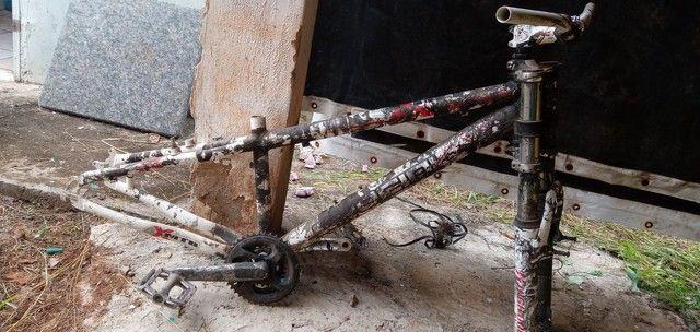 Bicicleta Quadro de titânio com amortecedor e pé de vela