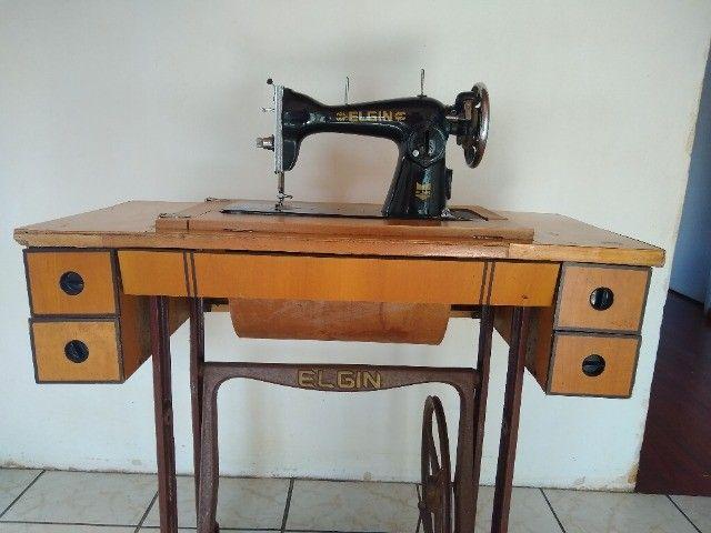 Maquina de costura antiga  - Foto 2