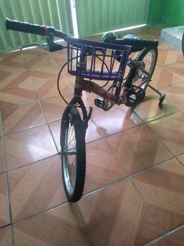 Bicicleta nova de menina - Foto 2