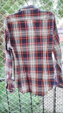Camisa Zara veste 42 ou M - Foto 2