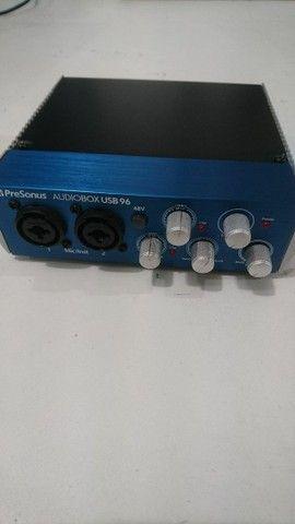 LEIA! Interface Presonus Audiobox USB96