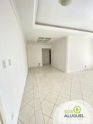 Edifício Residencial Tucanã, 03 quartos sendo 01 suíte, próximo ao choppão. - Foto 6