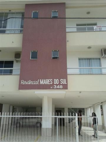 RF- Excelente apartamento bem localizado nos ingleses