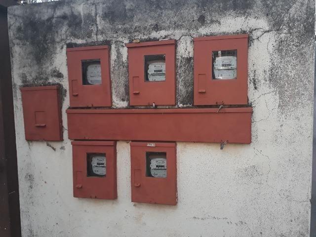 QNL Sobrado 4 kits mais casa de fundo renda de R$2.400 só 230mil aceita carro - Foto 5