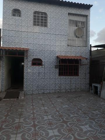QNL Sobrado 4 kits mais casa de fundo renda de R$2.400 só 230mil aceita carro - Foto 12