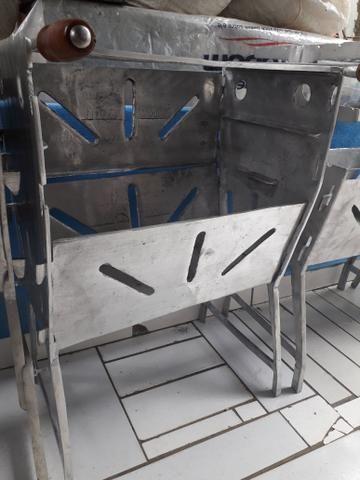 Churrasqueira grande fechada de alumínio - Foto 2