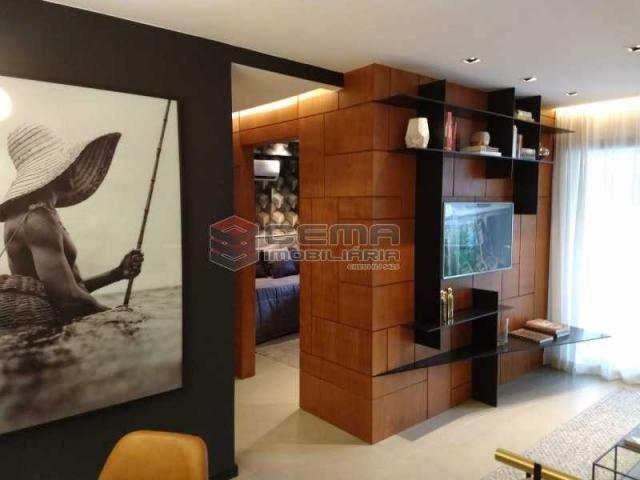 Apartamento à venda com 2 dormitórios em Botafogo, Rio de janeiro cod:LAAP23934