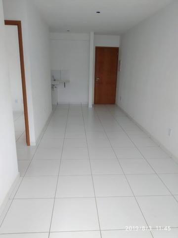 2Q Com Suite e Elevador na melhor avenida - Foto 2