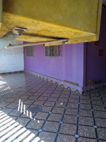 QNM 05 com 3 quartos + casa de fundos