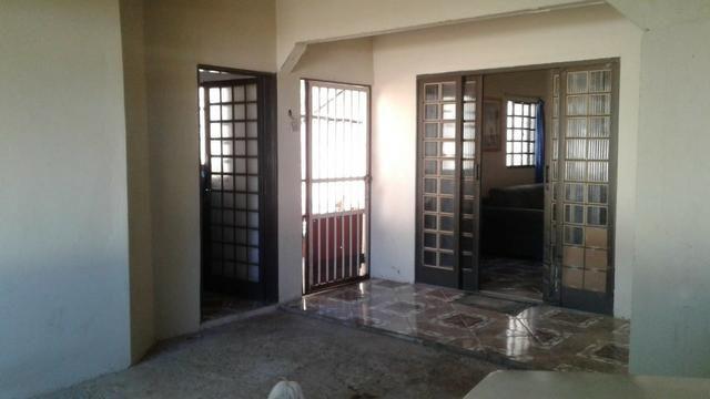 Setor Sul QD 02, 2 casas com: 3 e 2qts respectivamente, R$ 420.000