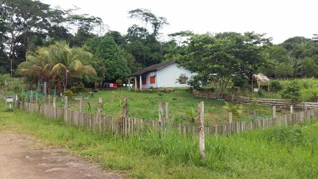 Vendo ou troco por casa em Rio Branco ou em colonia.