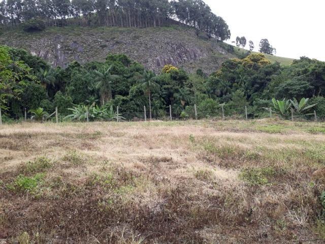 Linda chácara 3.000² a 7 km do trevo de Fazenda do Estado e 15km de Pedra Azul D.M.!! - Foto 4