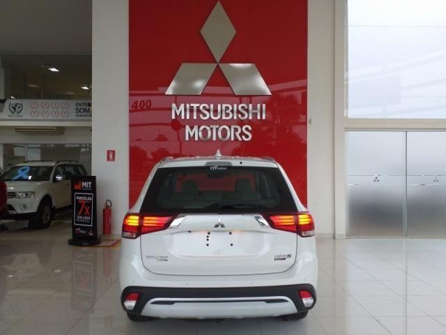 MITSUBISHI OUTLANDER 2.2 MIVEC DI-D DIESEL HPE-S AWD AUTOMATICO. - Foto 5