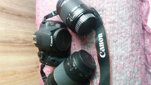 Câmera Fotográfica Cannon EOS Rebel T5 com 2 lentes e acessórios - Foto 2