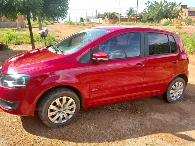 Vendo um fox completo 2013 pneus novo tudo pago - Foto 5