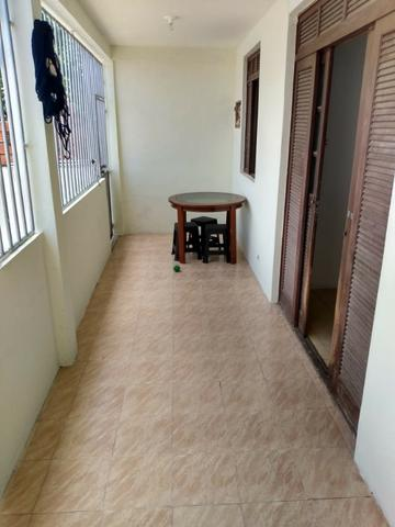 SU00060 - Casa tríplex com 05 quartos em Itapuã - Foto 18