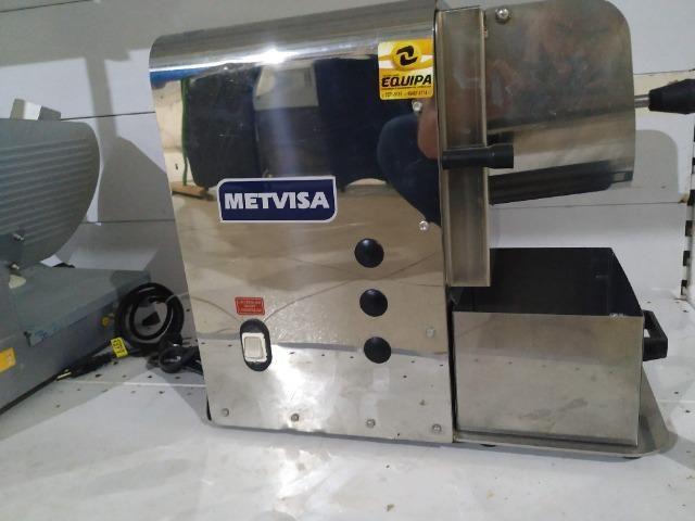 Ralador/desfiador de alimentos Metvisa, bivolt, seminovo inox Frete Grátis - Foto 3