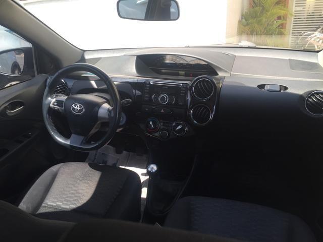 Etios Hatch XLS 1.5 - Foto 8