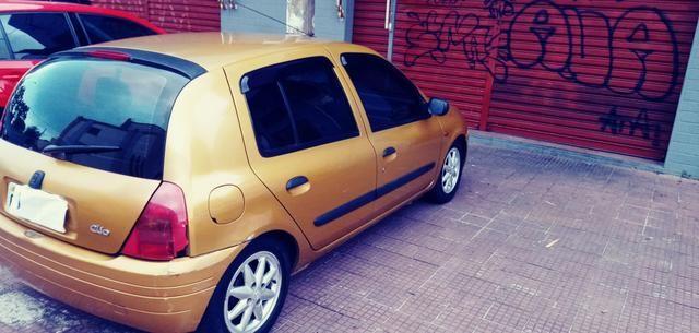 Renault clio.1.6.8válvulas