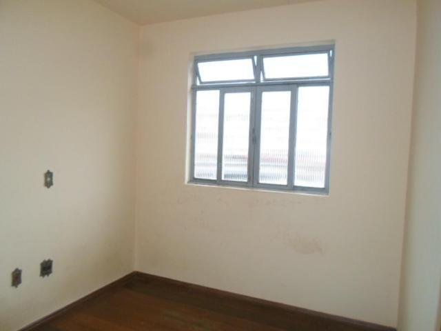 Apartamento para alugar com 3 dormitórios em Centro, Divinopolis cod:565 - Foto 8