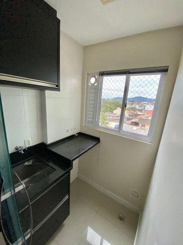 Apartamento cordeiros parte alta mobiliado - Foto 19